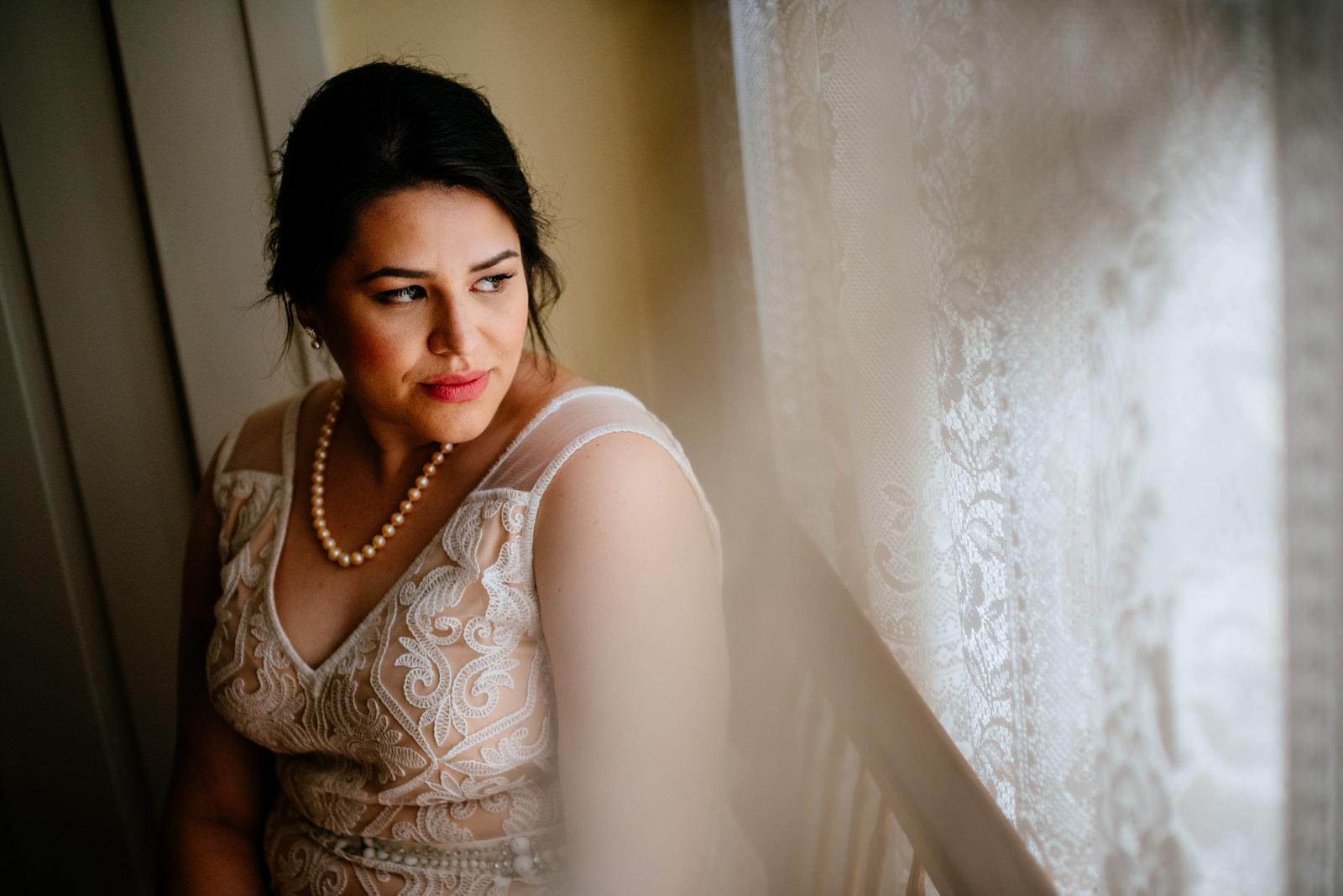 bridal portrait holly hill inn wedding lexington ky