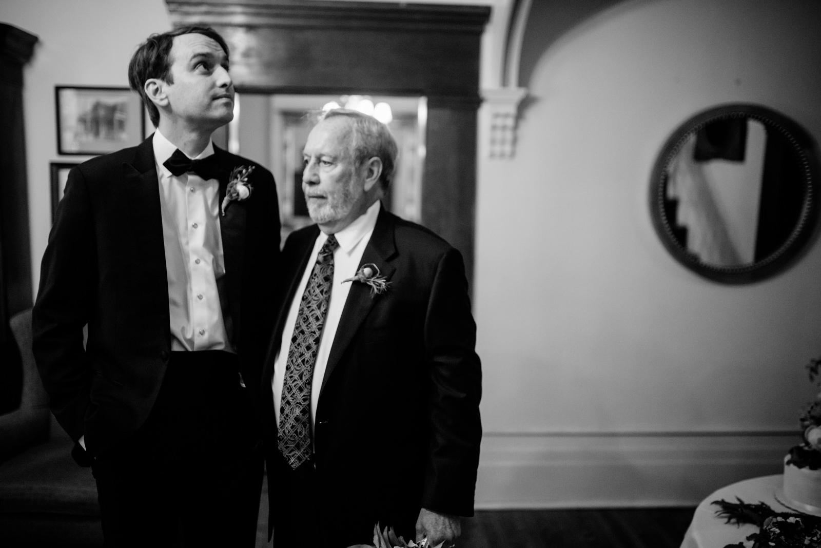 groom and dad holly hill inn wedding lexington ky