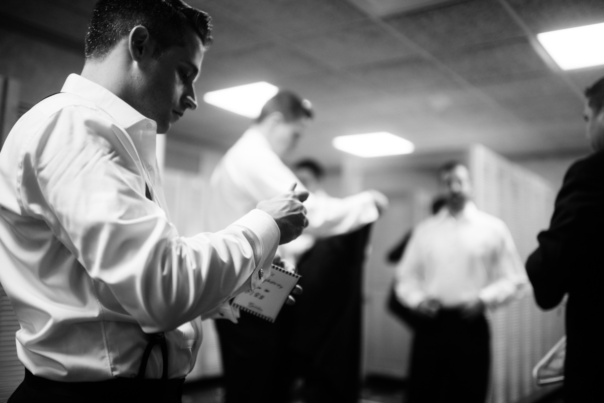 groom getting ready at the greenbrier sporting club