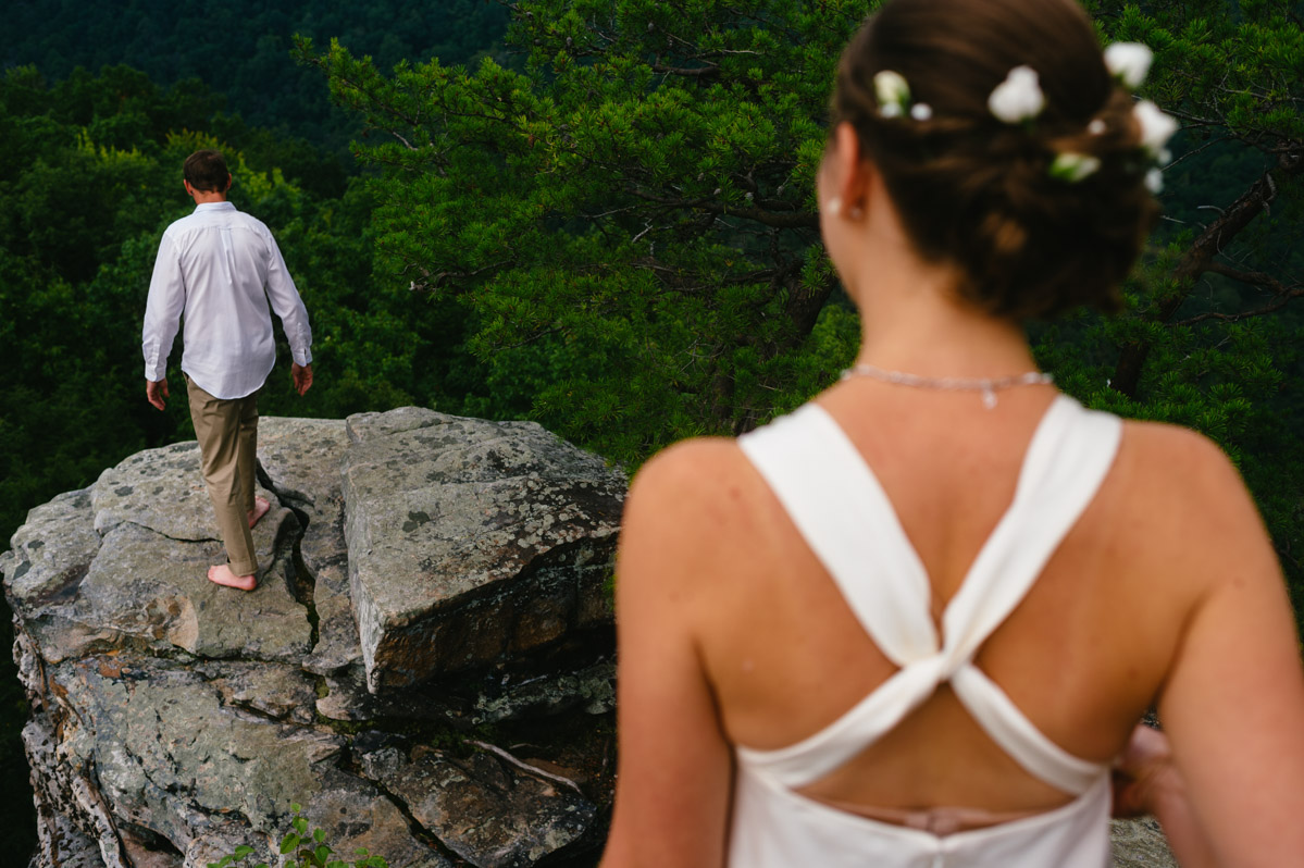 rockclimbing wedding photos by the oberports