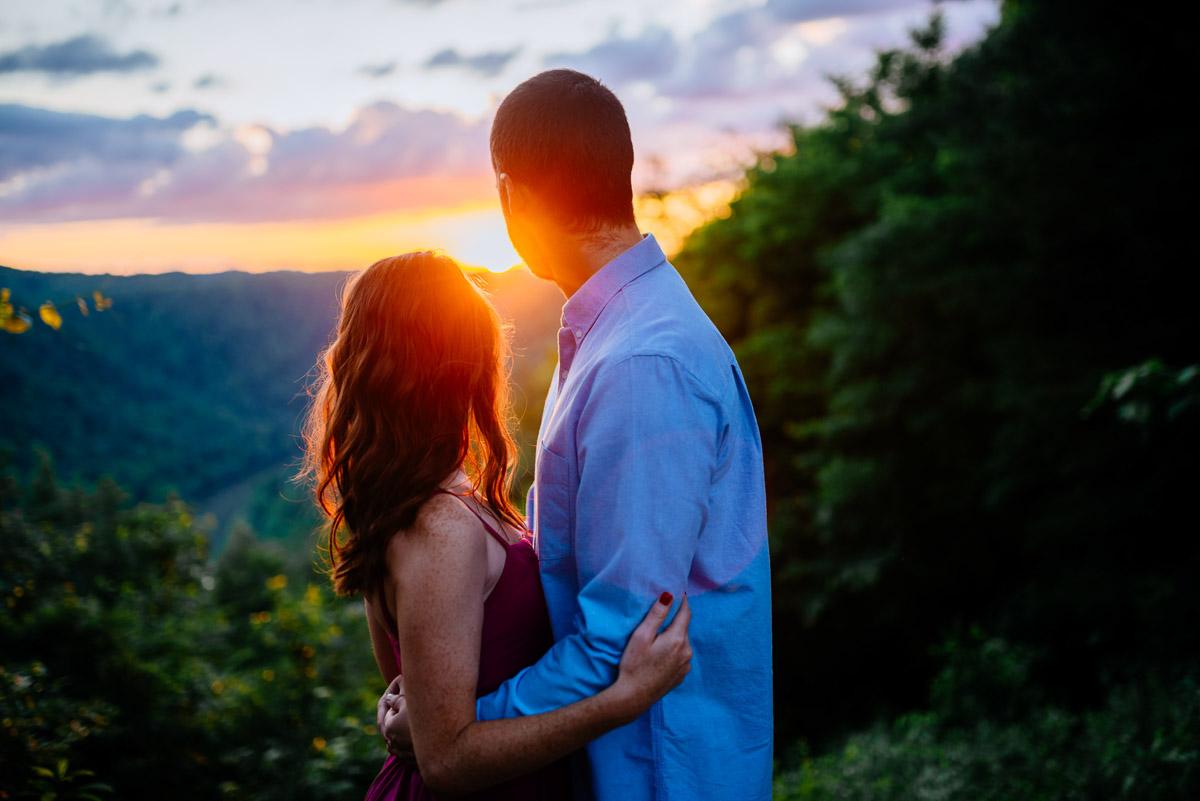 smokeys on the gorge engagement sunset photos