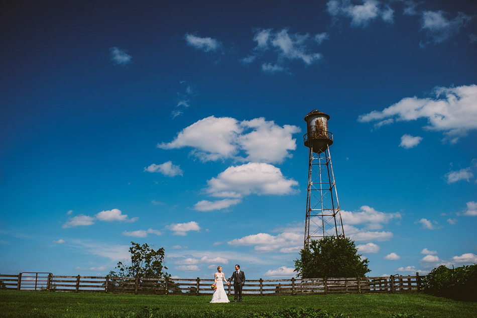 lewisburg swift level farm wedding portrait