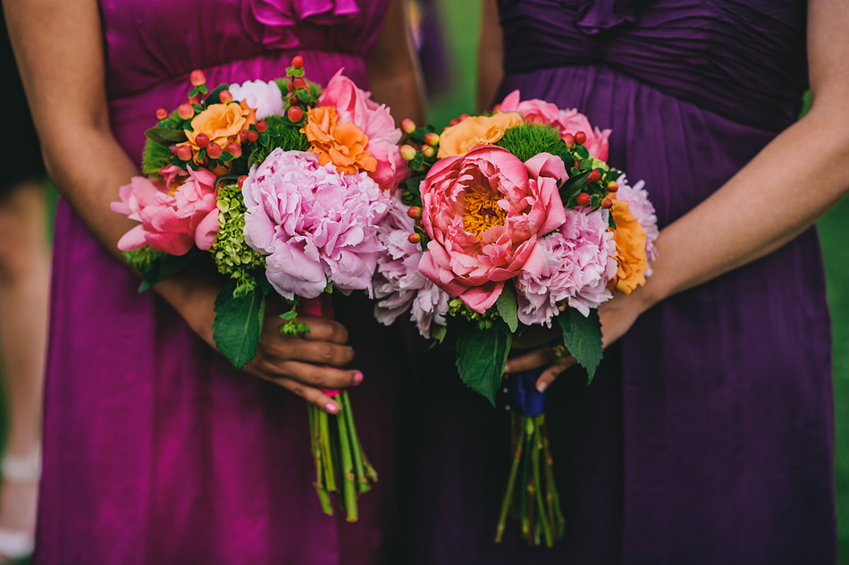 wedding bouquets bridesmaids purple dresses