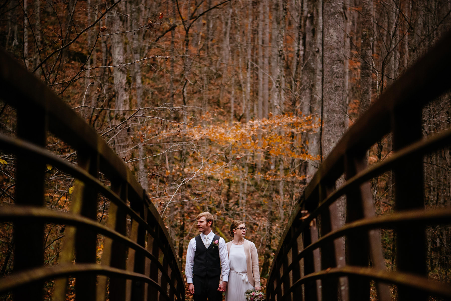 creative wedding portraits outdoor fall glade springs wv