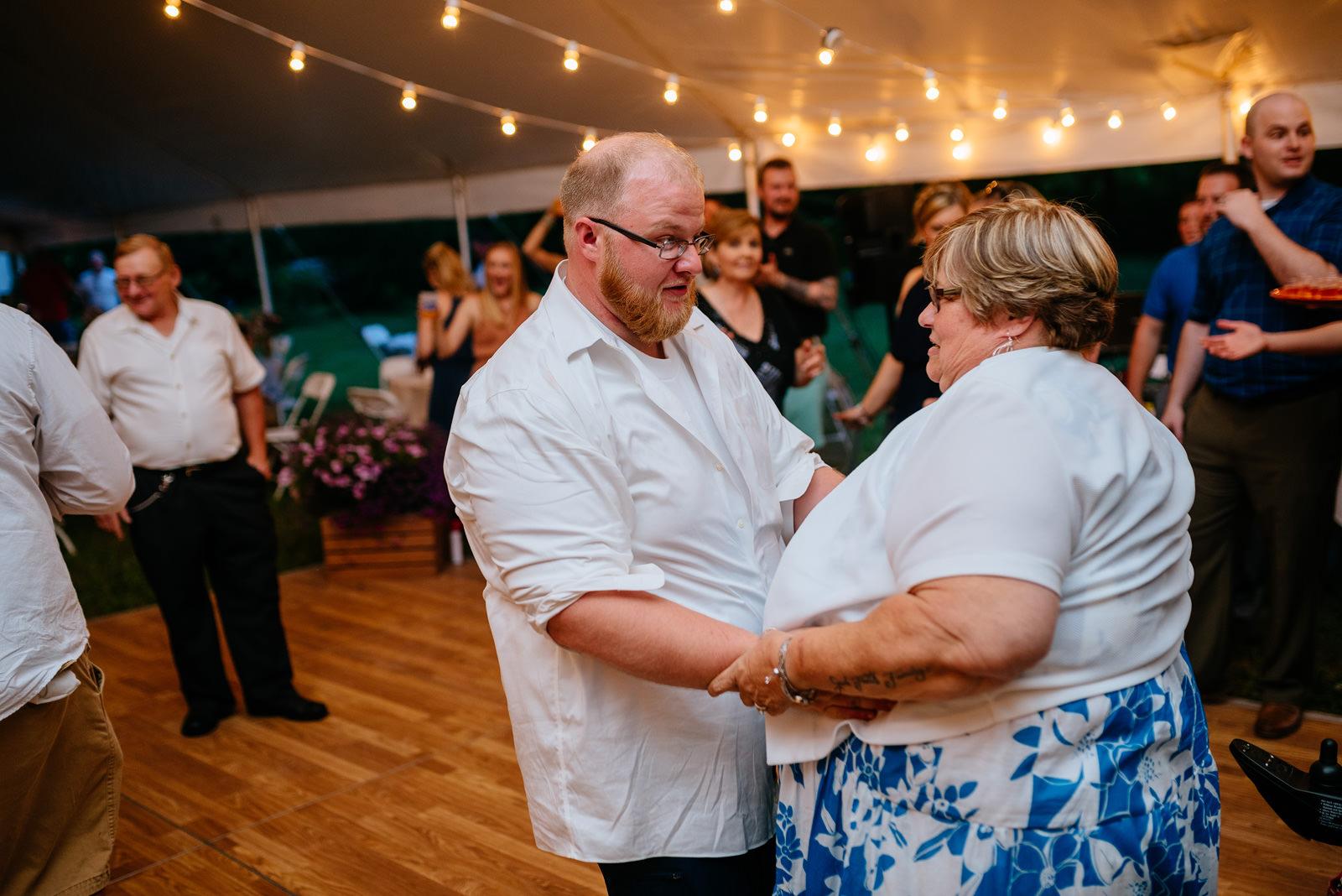 groom dancing with mom wv wedding