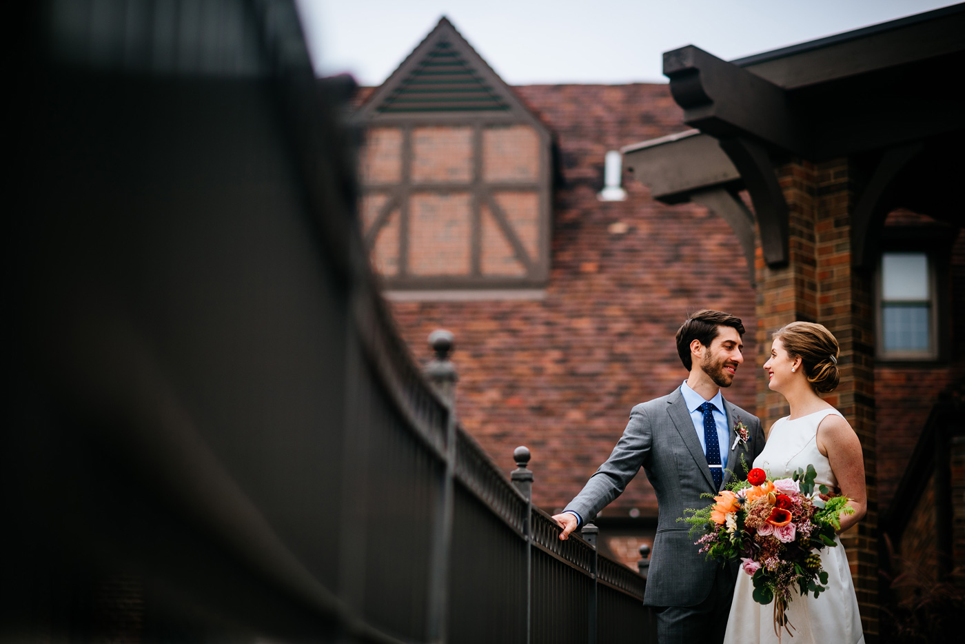 pittsburgh bride and groom wedding pics