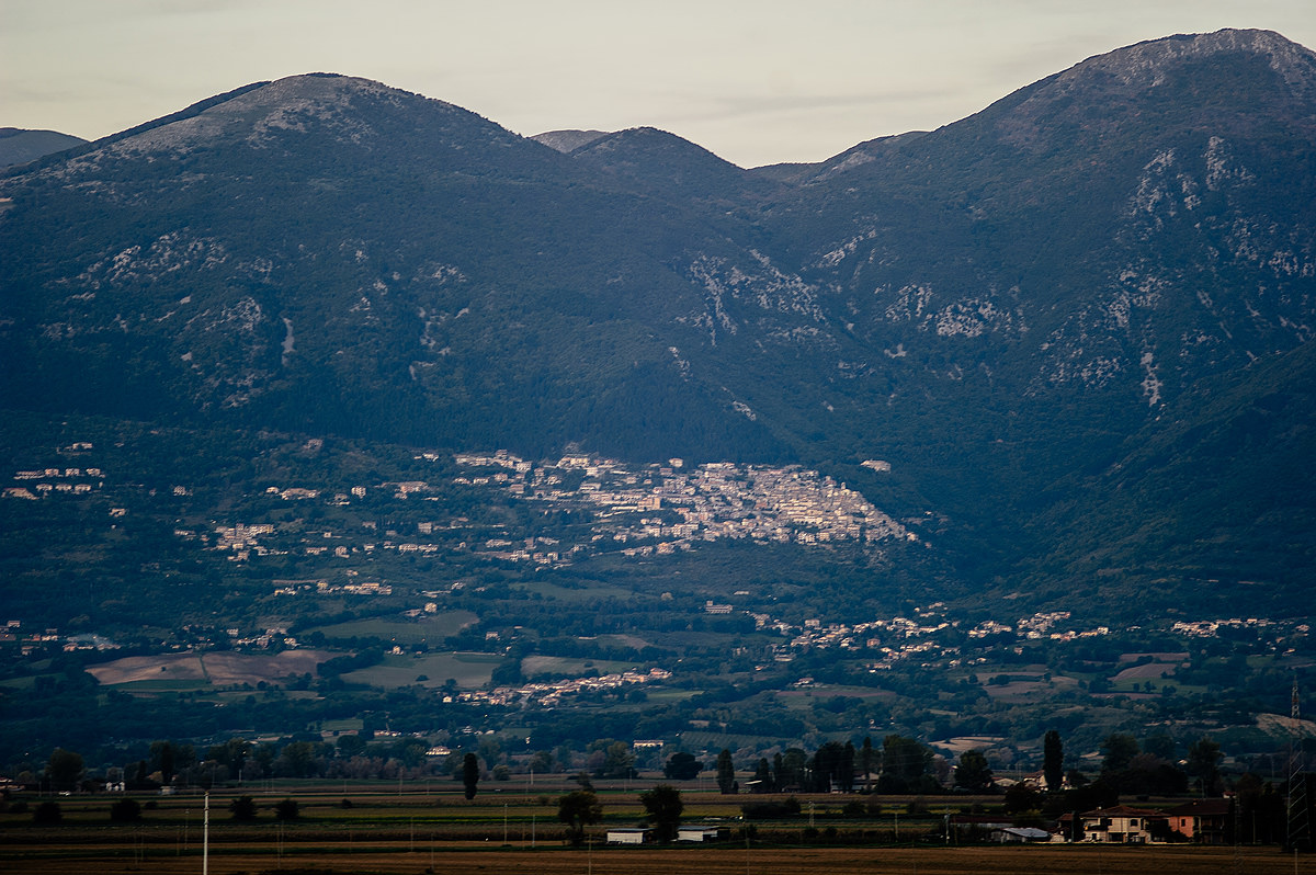 destination wedding photography rieti italy beautiful landscape