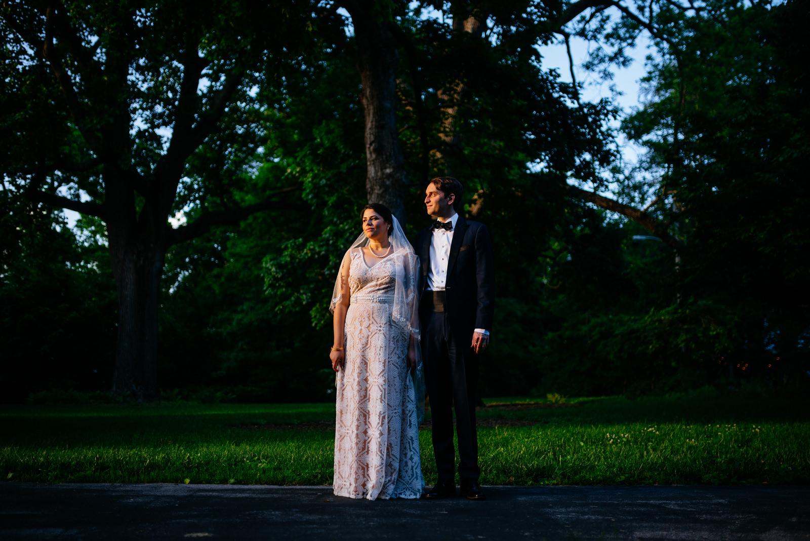 moody bride groom photo holly hill inn wedding lexington kentucky