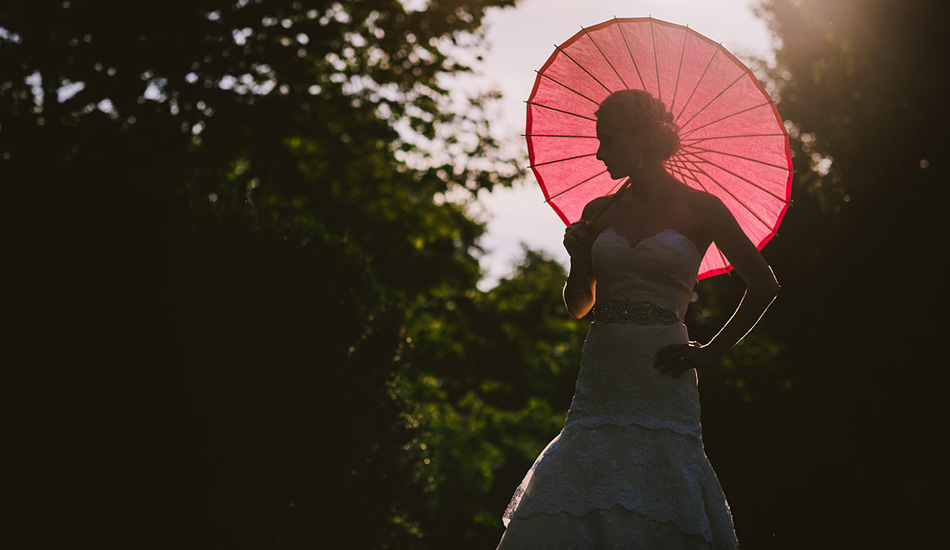 creative pittsburgh wedding photographers the oberports bridal portrait with parasol
