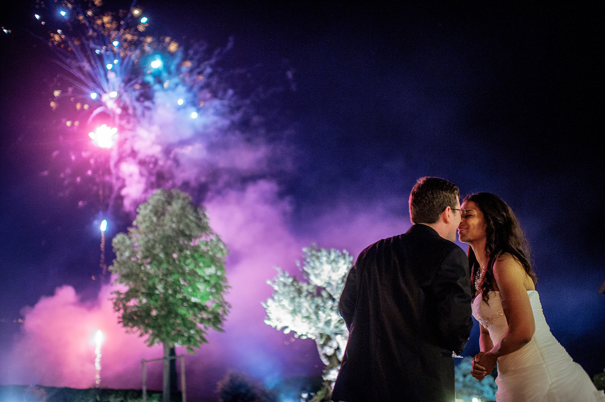destination wedding italy fireworks