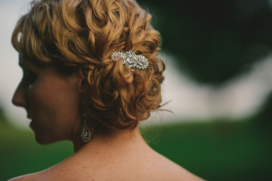 wedding pictures bridal hairclip antique
